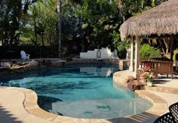 Are There Risks of Draining A Swimming Pool?