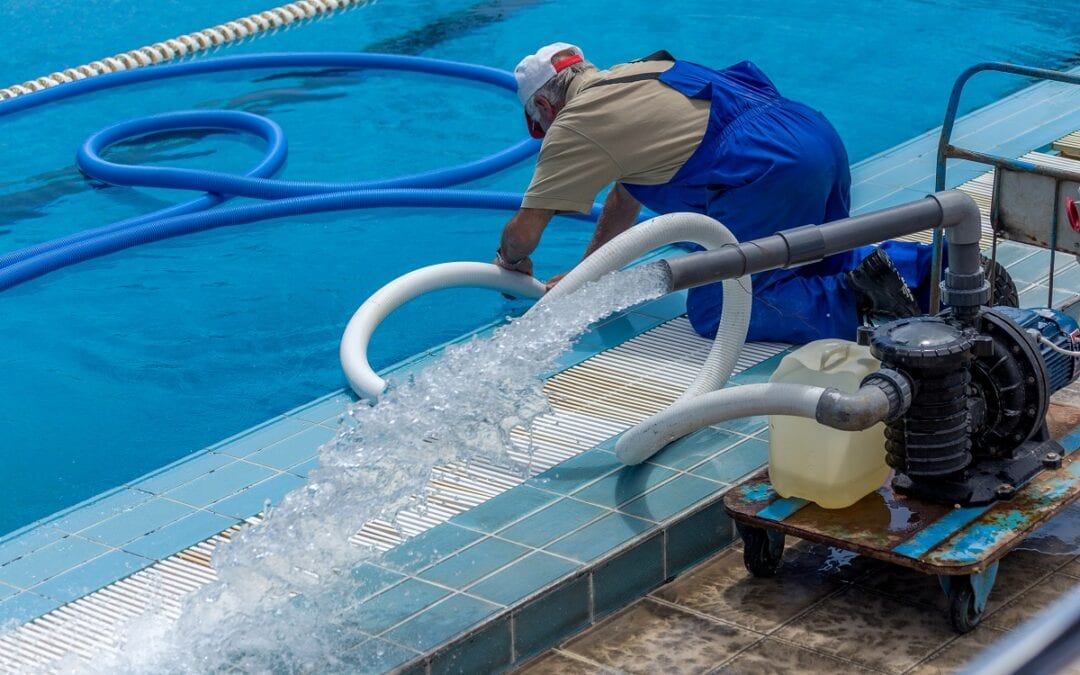 How Do You Benefit From a Professional Pool Cleaning Service?